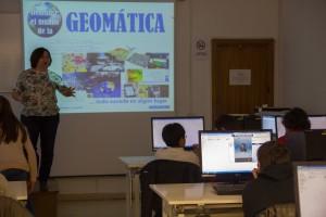 Geomática en la docencia enseñando a alumnos de secundaria esta disciplina